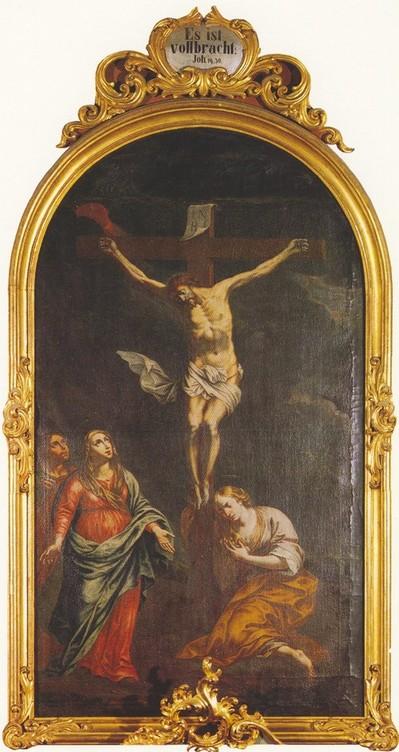 Das Altarbild zeigt Christus am Kreuz, rechts Maria Magdalena kniend, links Muttergottes und Apostel Johannes.